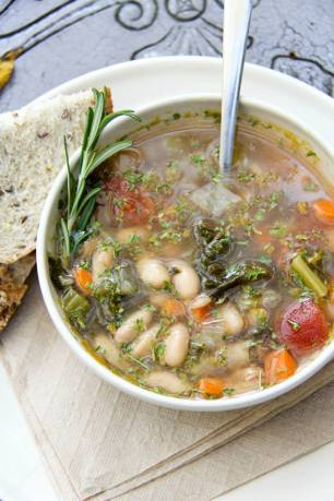 Kale, White bean, and Rosemary Soup...gluten-free and vegan!